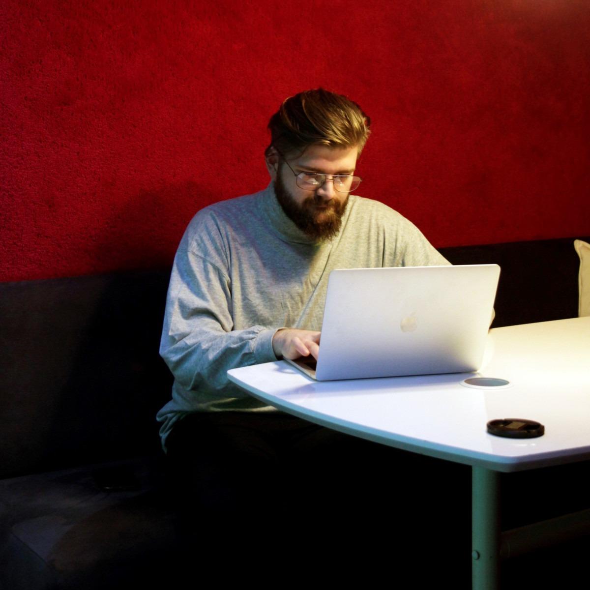 Blogitekstin kirjoittajan Janne Pelkosen kuva